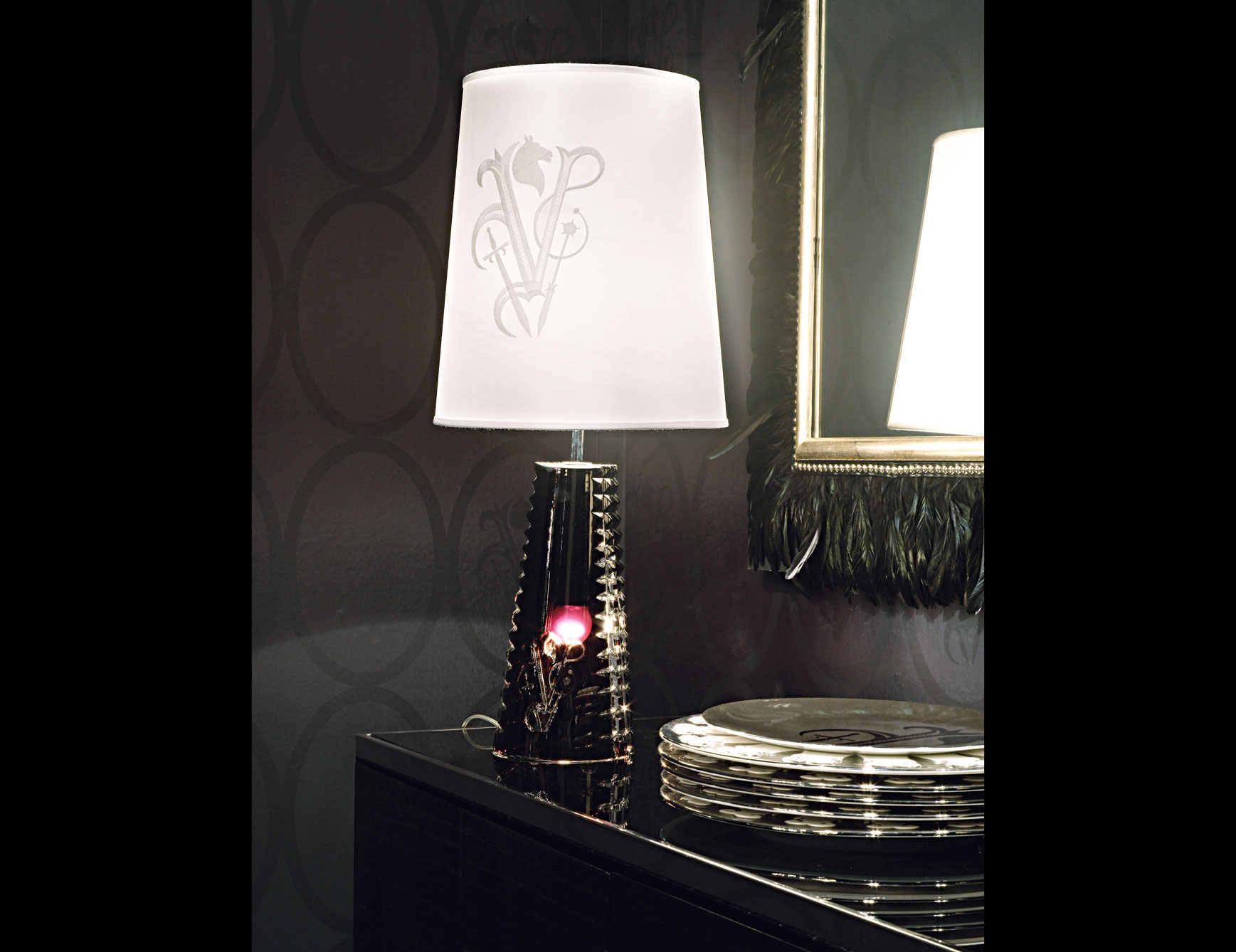 luxury table lamp design lamp design How to Choose the Perfect Table Lamp Design luxury table lamp design